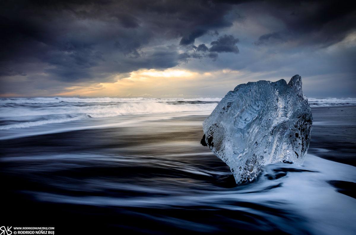 Amanecer entre los hielos
