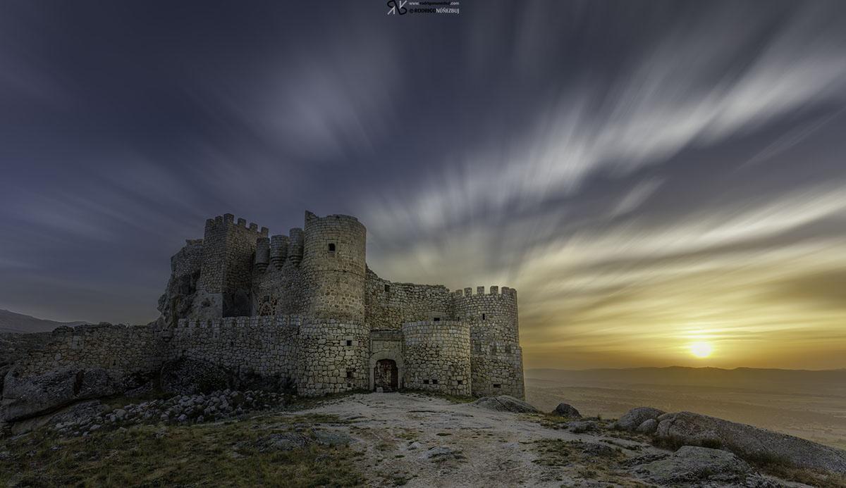 Castillo de Manqueospese - Aunqueospese